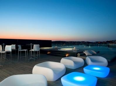 Jacuzzi bar hotel Barceló Hamilton in Menorca, Spain
